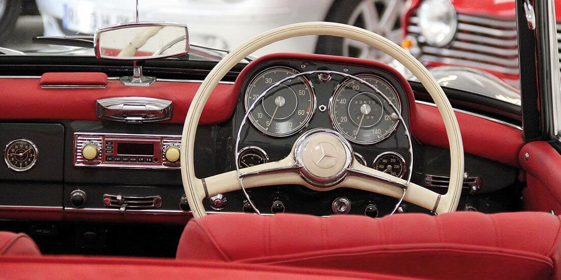 Luxclassics Classic Car Sales Servicing And Restoration