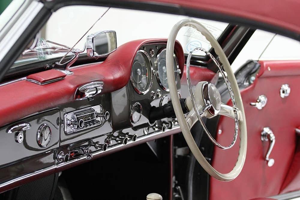 Lux Classics 1960 Marcedes Benz 190sl 12 Sm